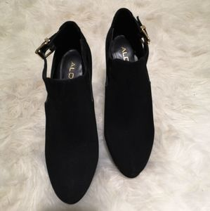 *Free with purchase* Aldo heels
